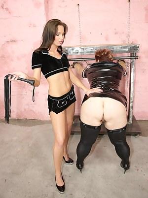 Lesbian BDSM Porn Pictures